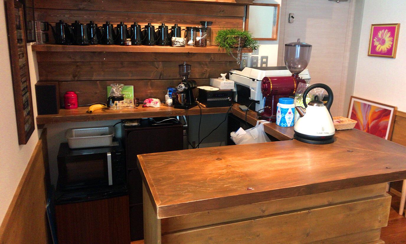 店内は綺麗で清潔感があり快適に作業を行うことができます