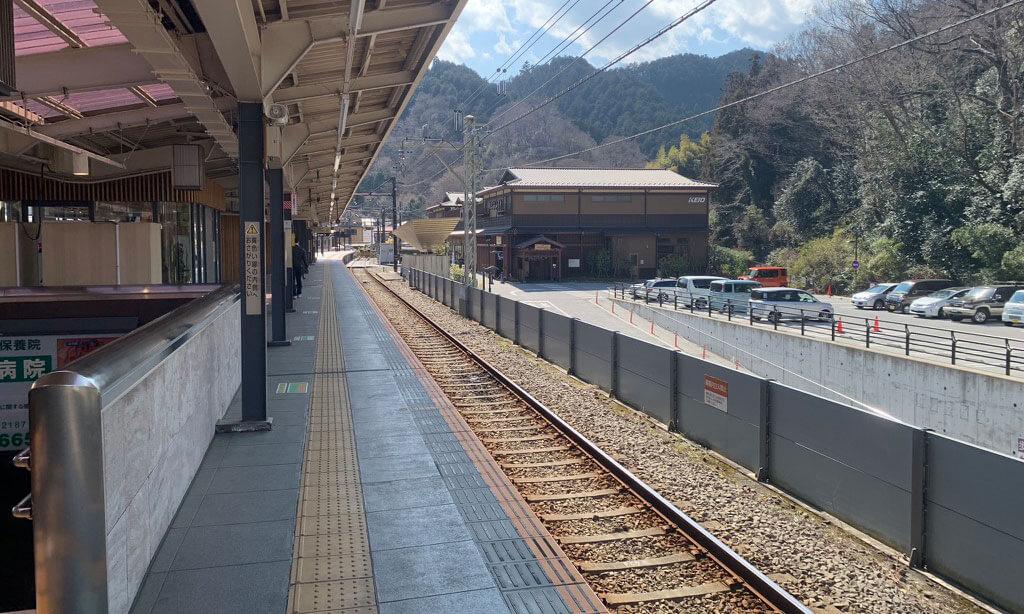高尾山口駅についた瞬間、自然を感じます!(笑)